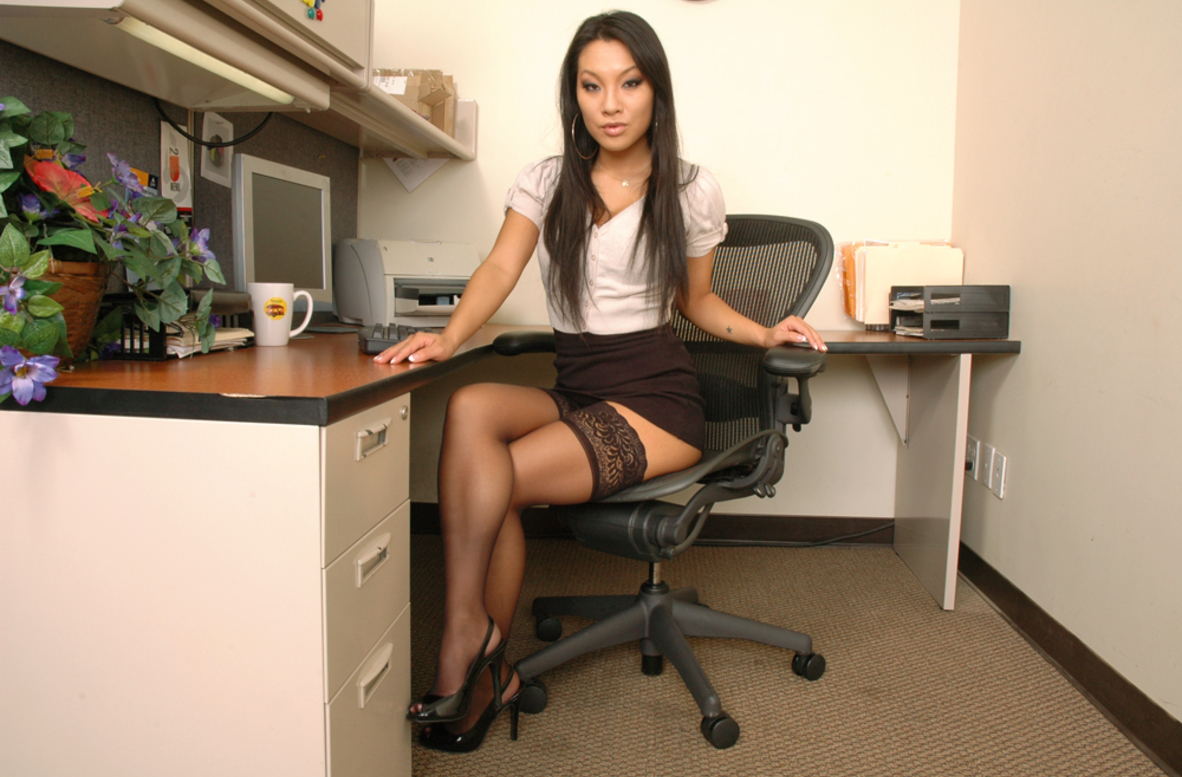 Watch Asa Akira video in Live Naughty Secretary