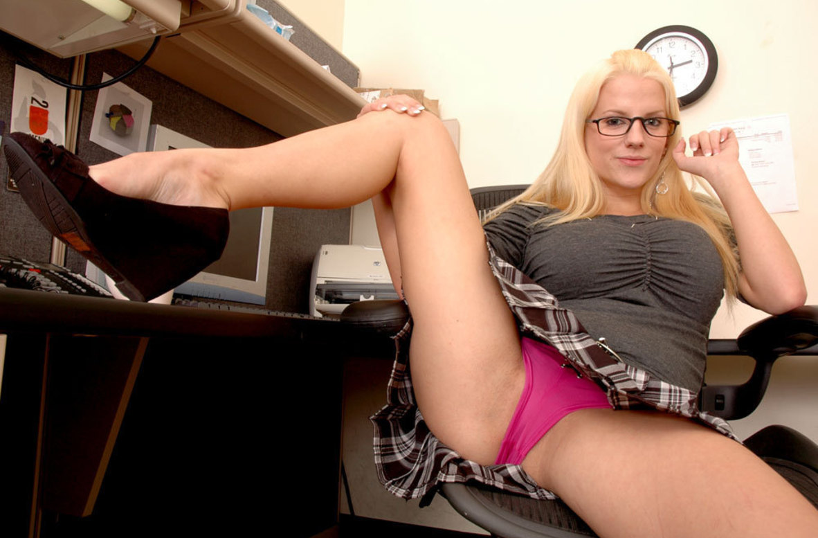 Watch Haley Cummings video in Live Naughty Secretary