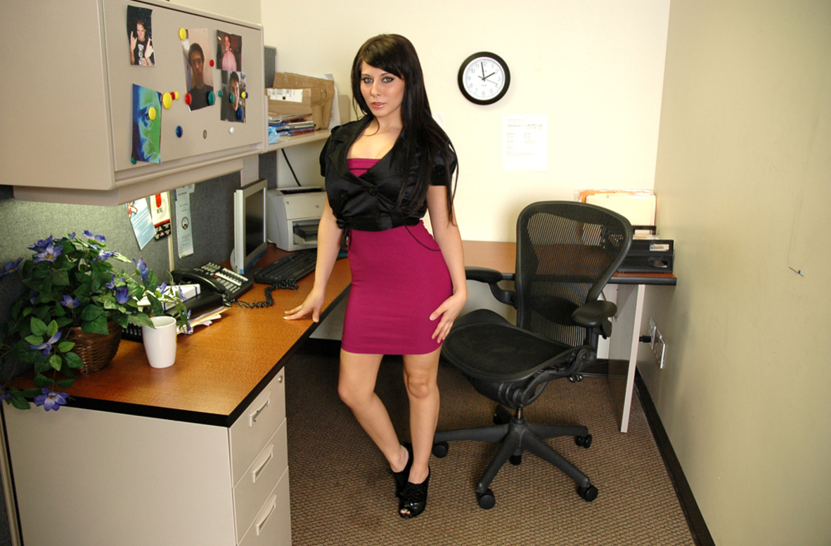 Watch Madison Ivy video in Live Naughty Secretary