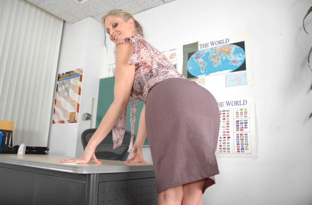 Watch Julia Ann video in Live Naughty Teacher