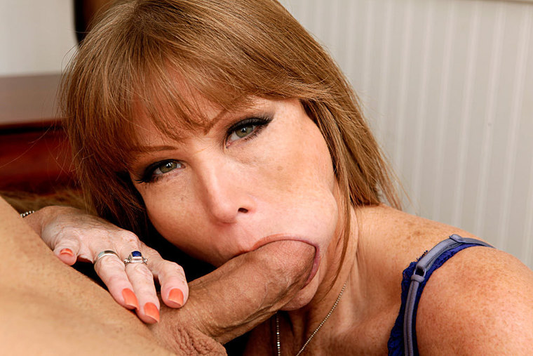 Mom Porn Facial Bed - Red head Darla Crane fucking in the bed with her tits