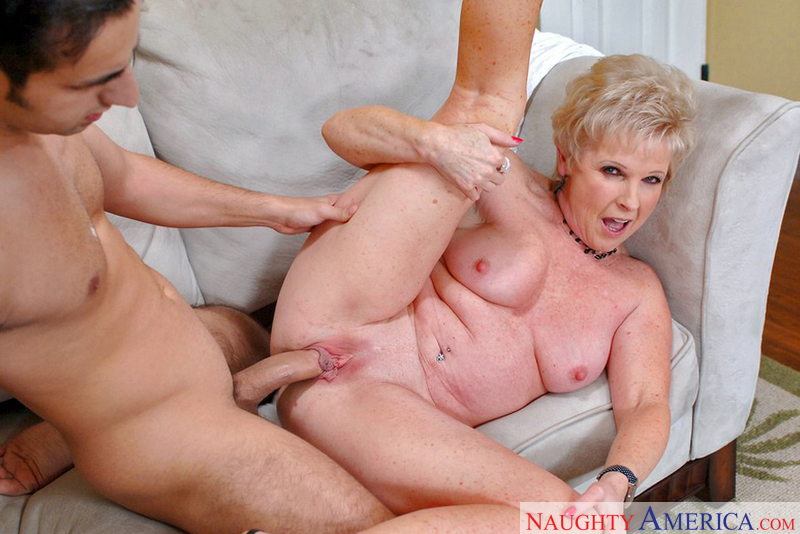 Mature women creampie videos