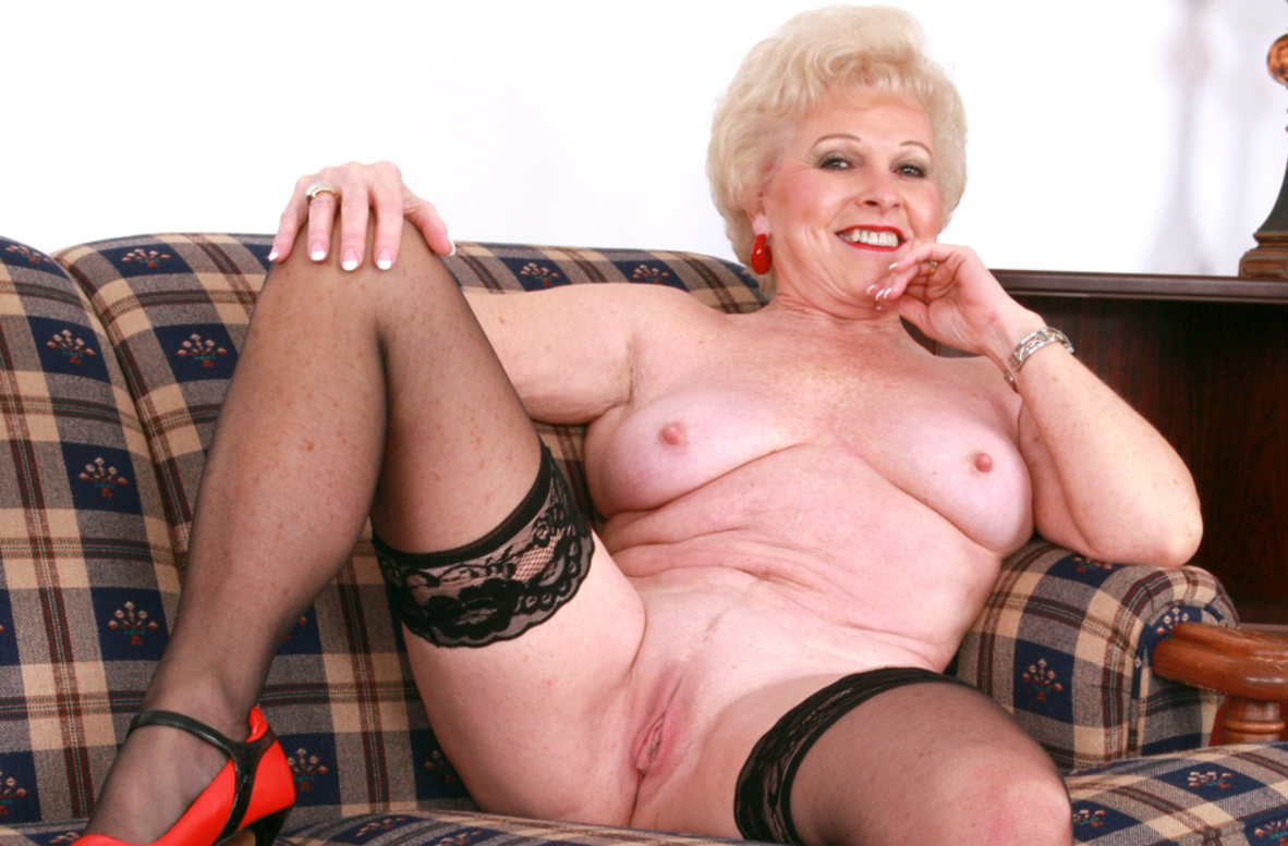 Mrs jewell mature sex tubes