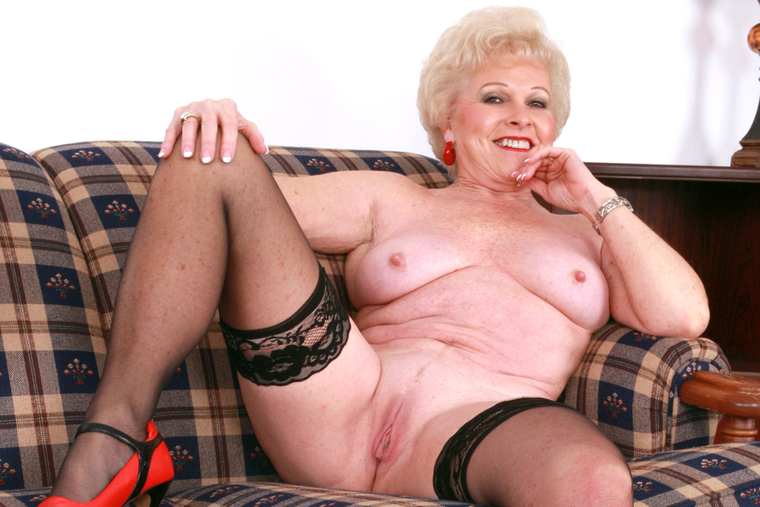 Mrs jewell mature porn from it