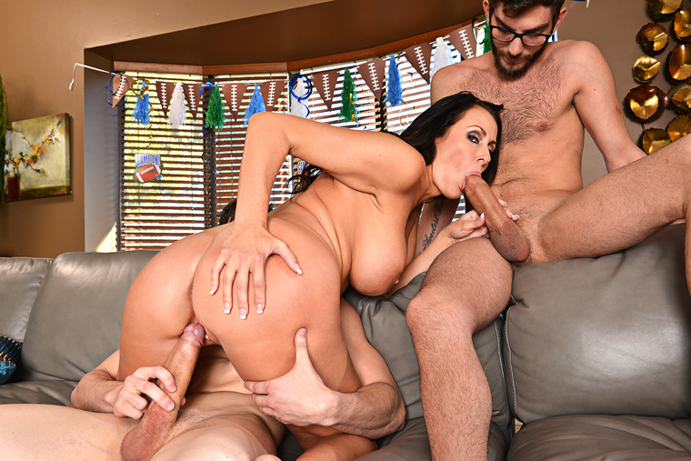 image Busty french milf fucked in the ass and squirting