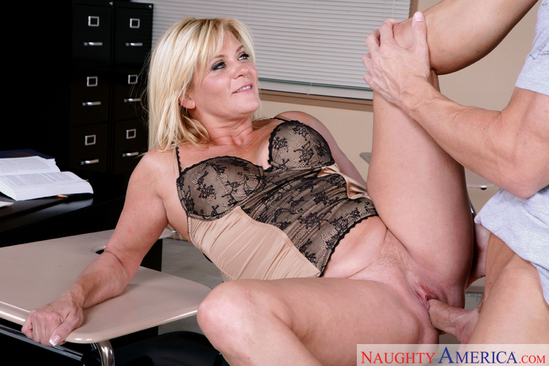Erotic mature mrs story