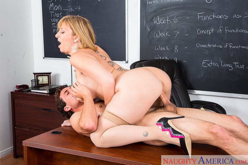 Horny math teacher Sara Jay talks 69 with her student - Sex Position 3