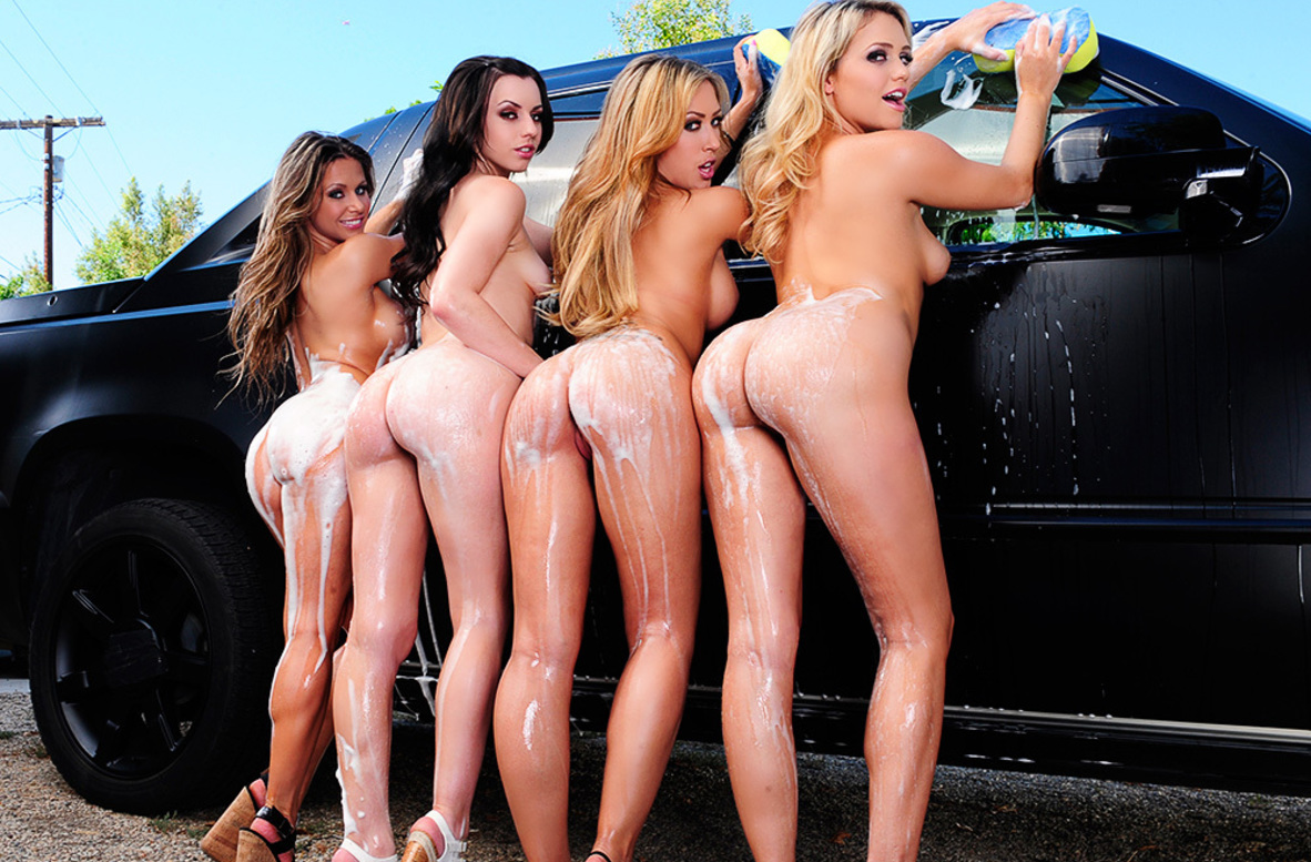 Watch Capri Cavanni, Lexi Belle, Mia Malkova, Rachel Roxxx and Danny Mountain video in My Sister's Hot Friend