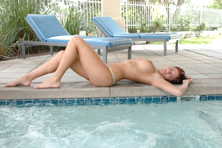 Eve Laurence fucking in the pool with her tattoos
