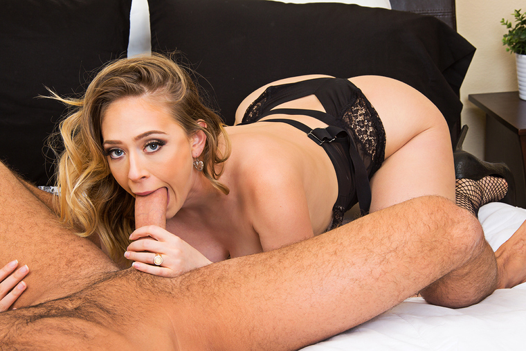 Kagney Linn Karter fucking in the floor with her piercings