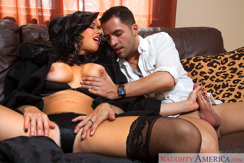 Bad girl Veronica Avluv fucking in the bedroom with her tits - Sex Position 1