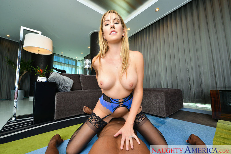 Brett Rossi Chokes on Your Big Black Dick in VR Porn - Sex Position 3