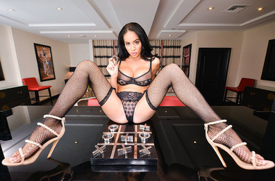 Watch Victoria June and Dylan Snow VR Couch video in Naughty America