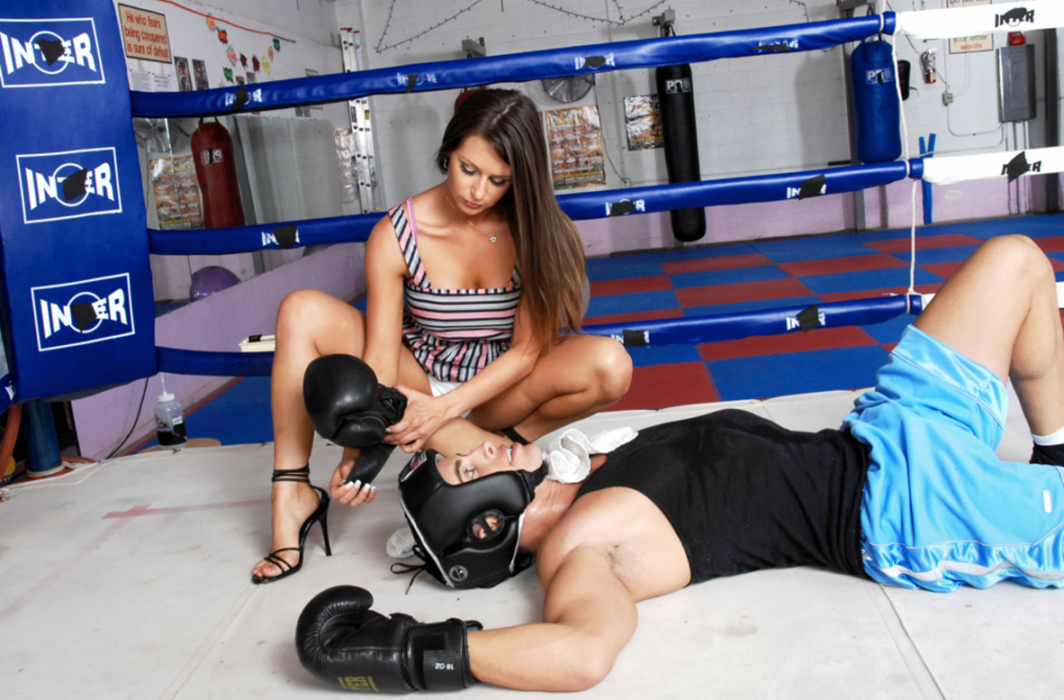Watch Rachel Roxxx and Talon video in Naughty Athletics