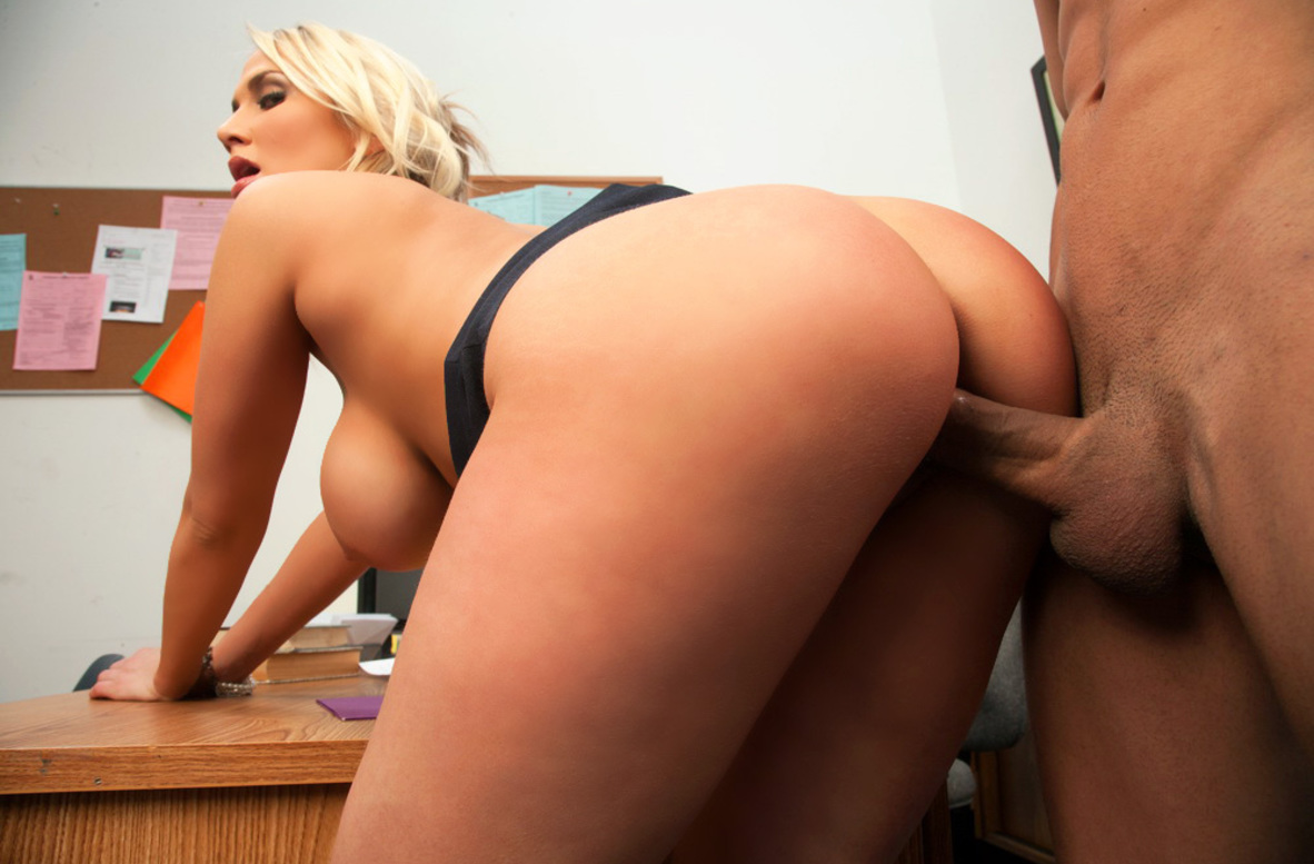 Watch Alanah Rae and Marco Rivera video in Naughty Office