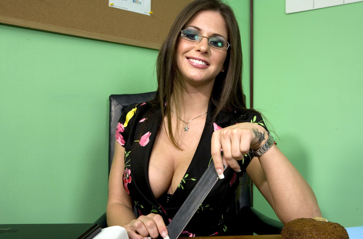 Watch Rachel Roxxx and Charles Dera video in Naughty Office