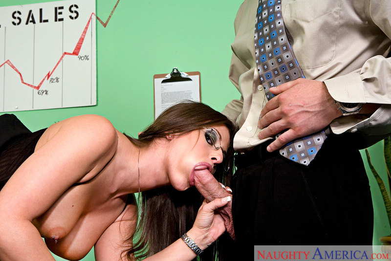 Bad girl Rachel Roxxx fucking in the desk with her piercings - Sex Position 2