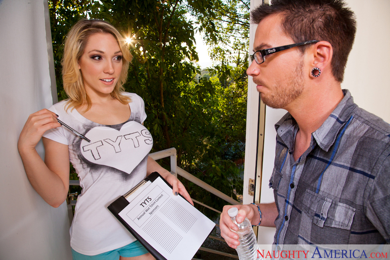 Lily LaBeau fucking in the living room with her natural tits - Blowjob