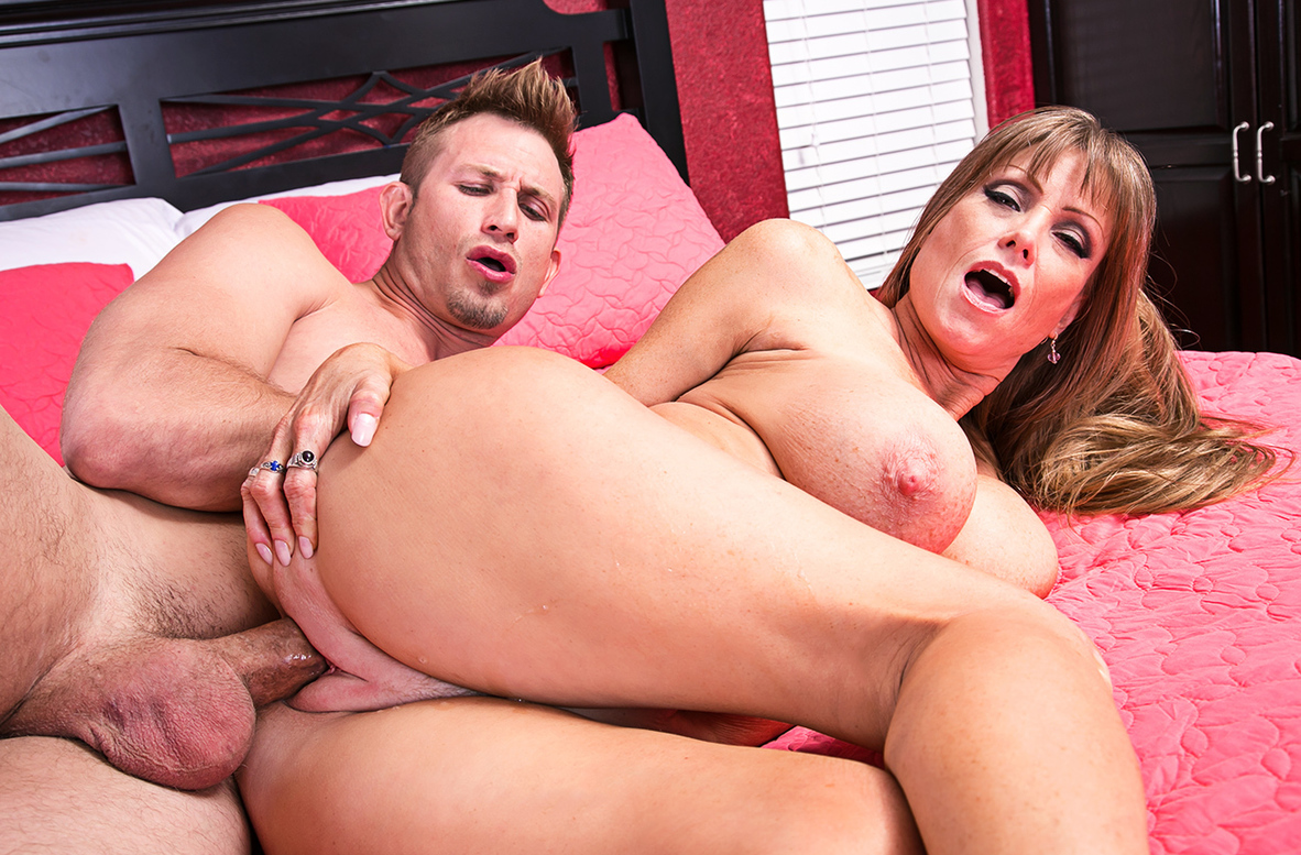 Watch Darla Crane and Bill Bailey 4K video in Seduced By A Cougar