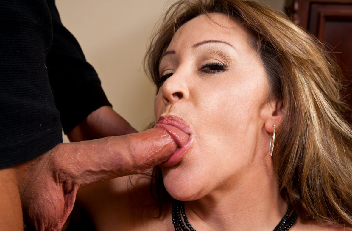 Watch Kandi Cox and Rocco Reed video in Seduced By A Cougar